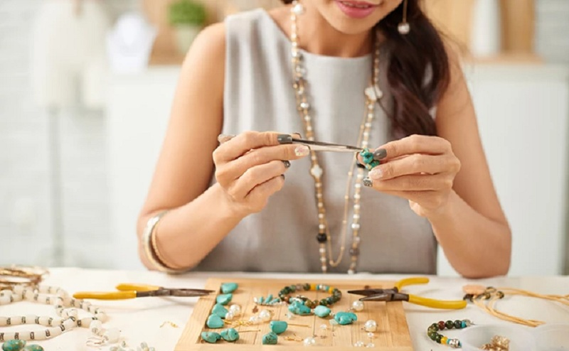 Get Familiar with the Importance of Creating a Jewelry Website