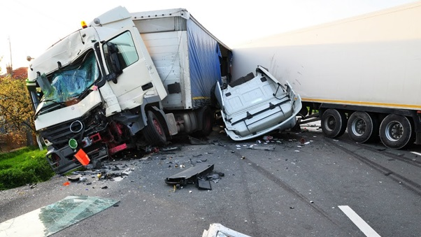 Out of 5 Reasons to hire Truck Accident Attorney